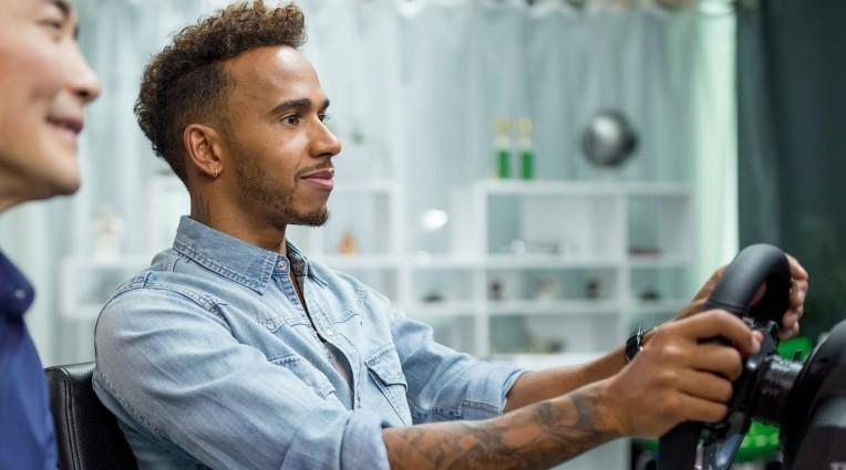 Gran Turismo Sport: Συμβουλές οδήγησης από τον Lewis Hamilton