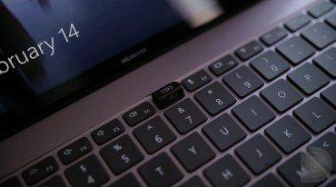 Στο keyboard η web-camera του Huawei MateBook X Pro