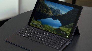 Νέο 2 σε 1 laptop από τη Lenovo