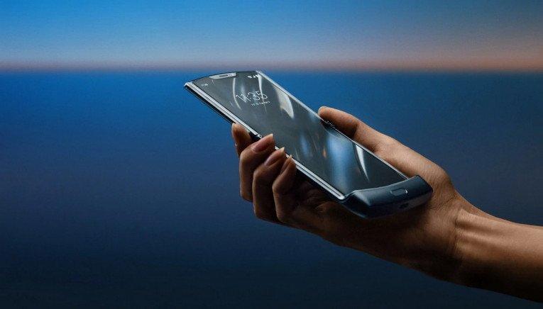 Ξεκινούν τα pre-orders για το Motorola Razr 2019 foldable και σε τιμή αρκετά πάνω από τα €1000