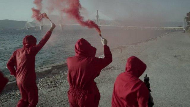 To Netflix διαφημίζει την τρίτη σεζόν του La Casa De Papel με γυρίσματα στην…Πάτρα