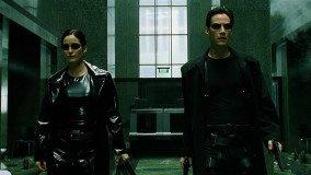 BOOM: Keanu Reeves, Carrie-Anne Moss και Lana Wachowski στο Matrix 4
