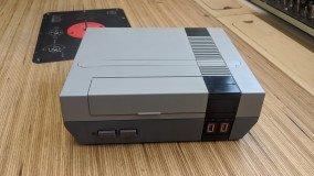 Ένα κλασικό NES γίνεται το απόλυτο dock για το Nintendo Switch (video)